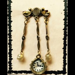 Cover Chatelaine Watch Pin